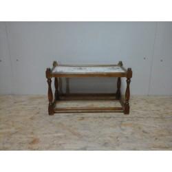 Столик с плиткой