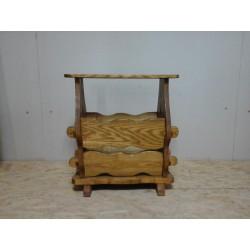 Газетница - столик деревянная
